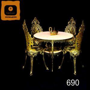 میز ناهار خوری برنزی کد (690)