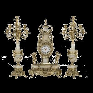 حراج شمعدان و ساعت رومیزی بزرگ