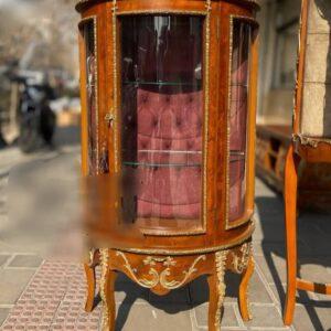 بوفه و ویترین چوبی معرق برنزکاری شده تک درب مدل خم برند ایران لوسر